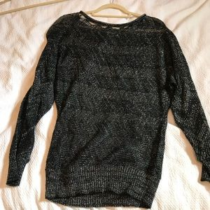 BB Dakota scallop neck sweater
